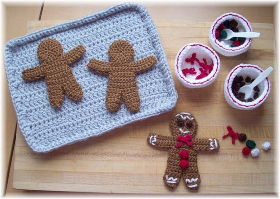 Free Knitting Pattern For A Gingerbread Man : Items similar to Gingerbread Man...PDF pattern on Etsy