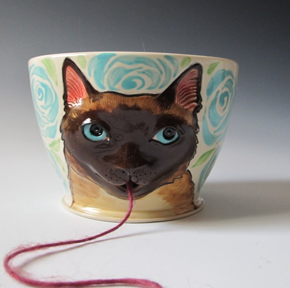 Siamese Cat Yarn Bowl - sculpted kitty with turquoise roses