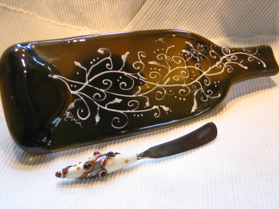 Recycled, Upcycled slumped Brown/White wine bottle cheese tray, with lampwork bead handle spreader knife