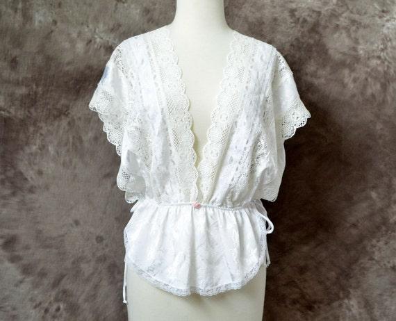 Vintage lingerie Victorias Secret  top 70s 80s white Lace blouse