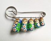 vintage Russian Nesting Dolls pin Brooch Adorable