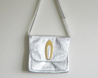 Vintage Mod Purse Metallic Silver 60s