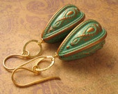Vintage - Gypsy Green Earrings - Green and Gold Lucite