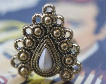 SALE SALE SALE Drama Queen Vintage Inspired Ring