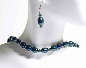 Beautiful deep teal green freshwater pearl necklace set