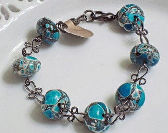 Rich Turquoise blue Magnesite bracelet with earrings