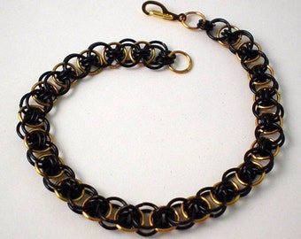 Black and Gold Helm Weave Chainmaille Bracelet