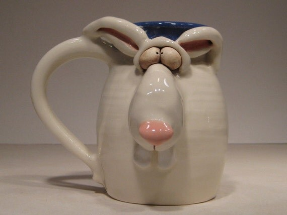 Rascally  Rabbit  Mug ....                   e76