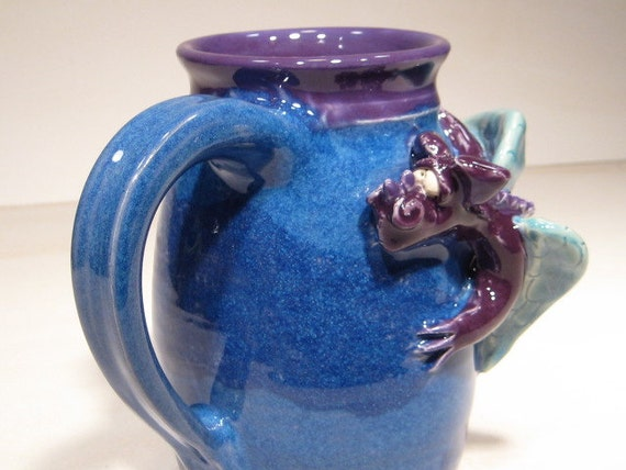 Purple Dragon Mug ... COOL ......                                              e49