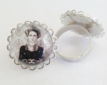 Queen of Hearts Ring Alice in Wonderland Ring Queen of Hearts Art Wonderland Art Adjustable Ring