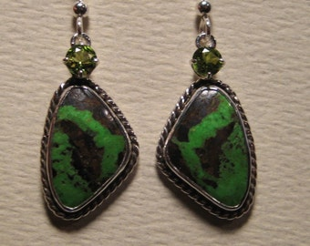 Gaspeite and Peridot Sterling Silver earrings .......    a222