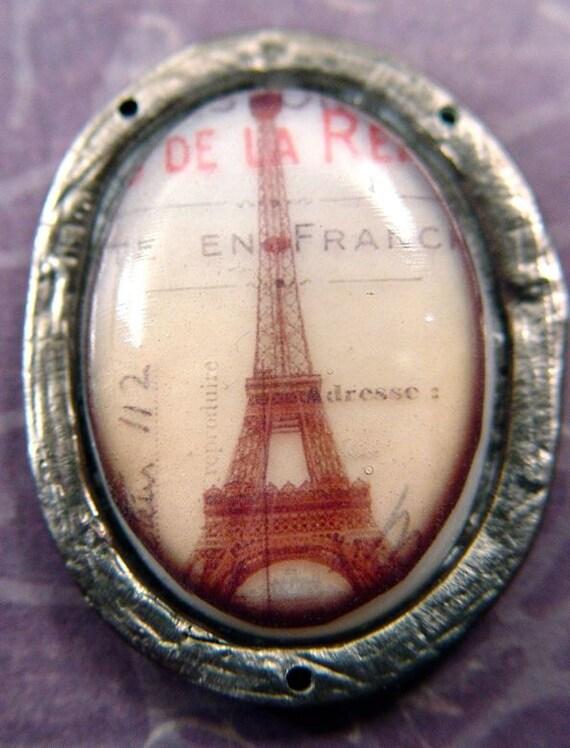 SALE Eiffel Tower Paris Souvenir Oval French Pendant in Hand Cast Pewter Bezel
