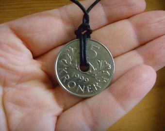5 kroner necklace