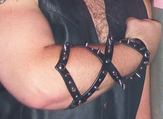 Cool Spiky Armwrap