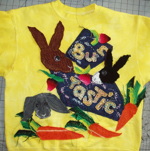 Original Art Sweatshirt with Bunny Rabbits Yellow Medium DCBM163