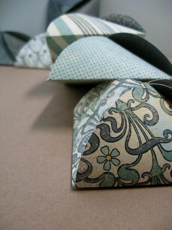 Petal Boxes - Nouveau - Affordable Wedding Favors
