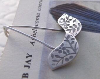 Little Bird Drops - sterling silver earrings floral pattern peace dove