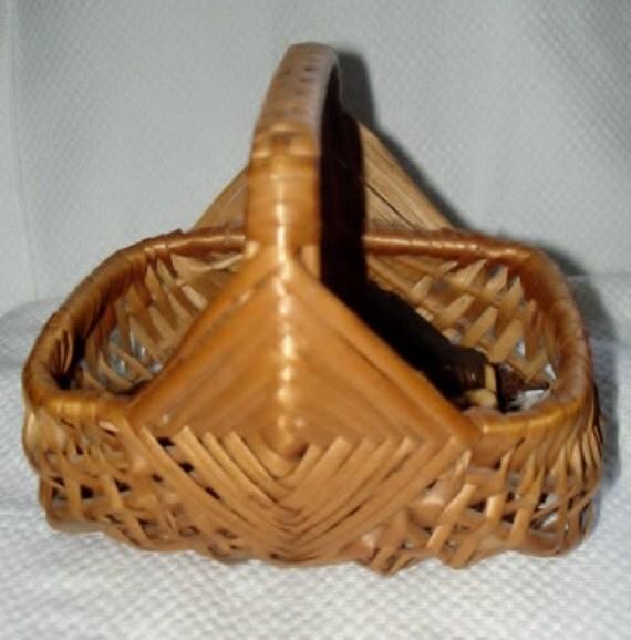 Vintage Wedding Flower Girl, Flower Petal Woven Basket