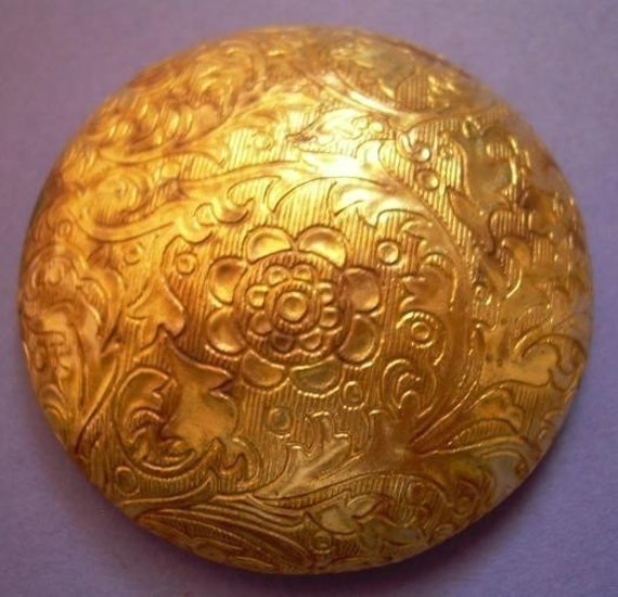 Rare Large Vintage Brass Etched Button Finding