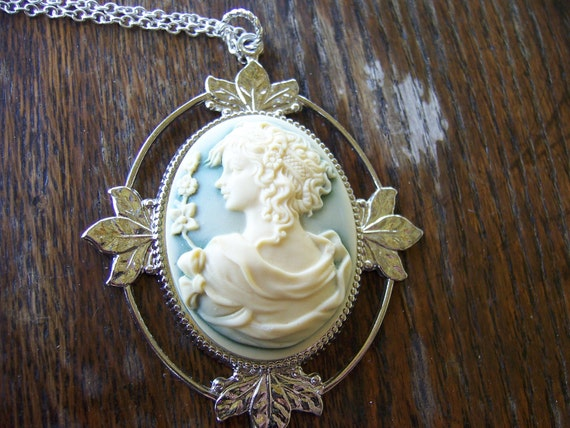 Greek Goddess Cameo Necklace with Butterfly Earrings