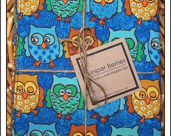 Whoo's Mixed Up Pair of Reversible Cloth Lunch Napkins