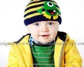 Knit GREEN ALIEN Monster inspired Boys and Girls Hat, Beanie, toddler hat, childrens accessories, baby alien hat, baby boy hat,