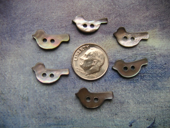 6 BIRD Shaped Mother of Pearl Buttons, SMOKY