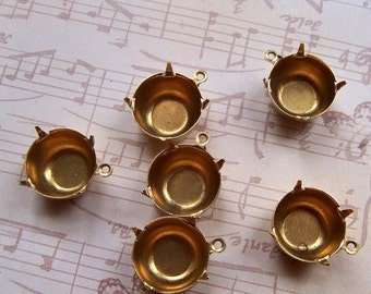Brass 47SS Round Pronged Settings One Loop 12 Pcs