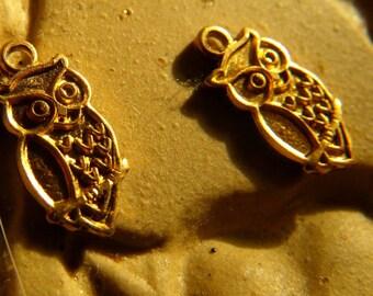 Tiny Perching Owl Charms 10mm 12 Pcs