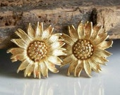 Vintage Gold Plated Sunflower Earrings-- Clip Ons