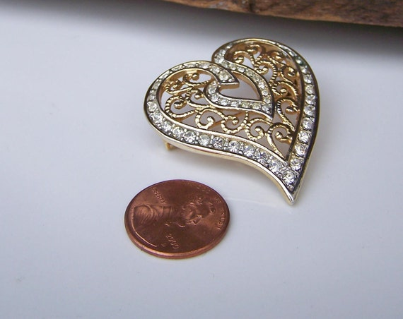 Vintage Heart Brooch with Rhinestones, Brooch, Heart, Etsy Jewelry, Jewelry, Vintage, GIft, Heart Jewelry, Costume Jewelry