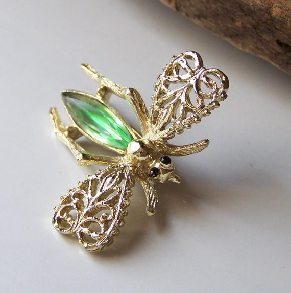 Etsy, Vintage Flying Insect Brooch with Green Glass Stone, Flying Bug Brooch, Brooch, Etsy Jewelry, Jewelry, Vintage, GIft, Insect Jewelry