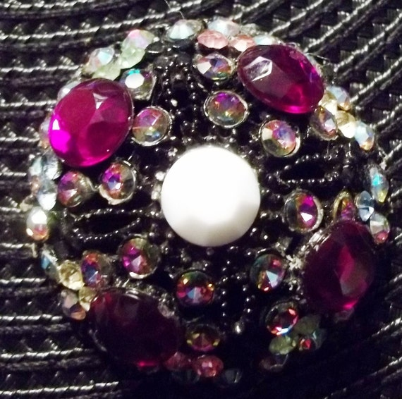CLEARANCE: EXQUISITELY Sparkly Vintage Purple Rhinestone Brooch Pin