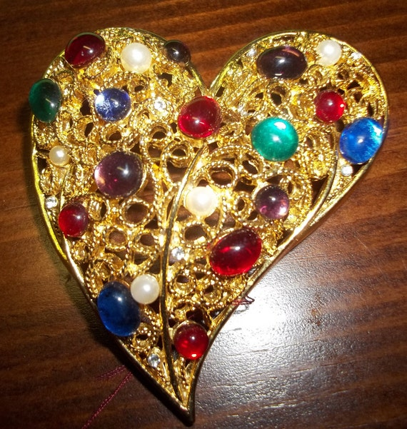 LOVELY Heart-shaped Colorful Rhinestone Cluster Brooch Pin
