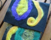 Neeldle felted eye glass, ipod or cell phone case