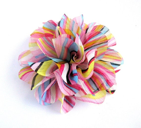 1 No-Slip, Spring Striped Flower with Lace Hair Clippie