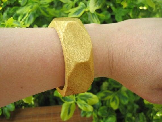 Wood Bangle - Size X Small - Sunshine Yellow - Faucet - Geometric - Small hand - Tiny Wrist - Summer Fashion - Wooden Jewelry - Pau Amarello