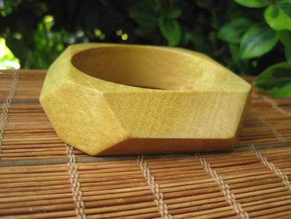 Wood Bangle - Small Bracelet - Wooden Jewelry -  Sunshine Yellow - Faucet - Geometric - Tiny Wrist - Spring Fashion - Pau Amarello