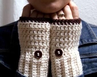 Toasted Marshmallow Gloves