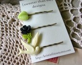 STORE CLOSING SALE Handmade Flower Bobby Pin Set - Mistletoe