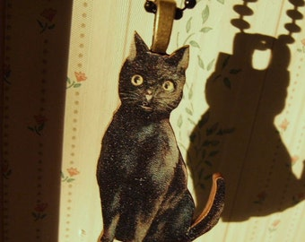 Black Vintage Look Wooden  Cat