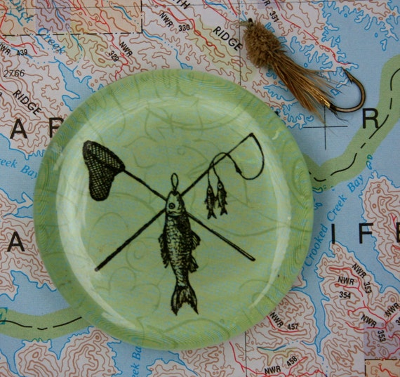 Fish Magnet - Jumbo Glass Fishing Magnet - Fathers Day Gift, Gift for Fisherman, Outdoors, Fly Fishing Magnet