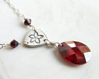 Red Silver Necklace Sterling Silver Chain Handmade Floral Link Pendant Garnet Red Sparkling CZ Cubic Zirconia Drop Pendant Simple Elegant