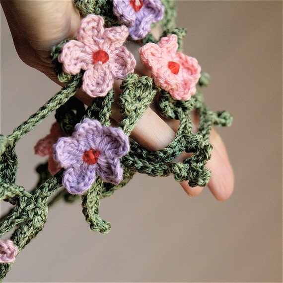 PDF pattern for Crocheted Lariat with Tiny Flowers