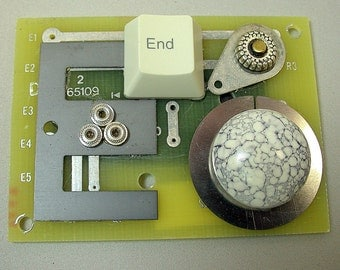 RECYCLED CIRCUIT Board MAGNET Geekery End Waste