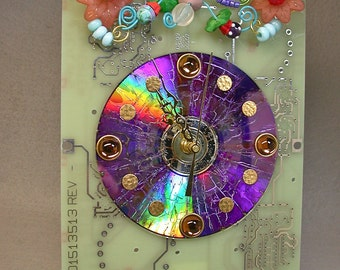 Recycled CIRCUIT BOARD CLOCK Techie Geek Flower Garden Vintage Beads