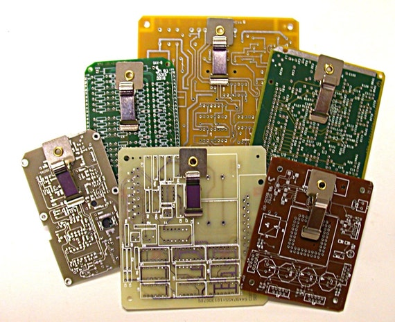 RECYCLED CIRCUIT BOARD MINI -MAGNETIC CLIPBOARD FOR POST- IT NOTES