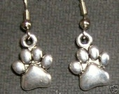 SILVER PAW IN STERLING SILVER FRENCH HOOK EAR PIECE