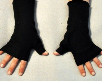 Black Fingerless Gloves Hand Warmers Fleece Gothic Fusion Belly Dance Rave Steampunk Lolita Romantic Cosplay Bohemian Matches Our Hat Styles