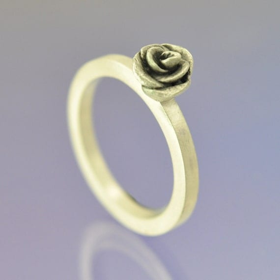 Rose Bud. Sterling Silver Stacking Ring.